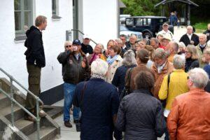 Naturvejleder Peter Østergaard orienterer om Fyret og dets omgivelser